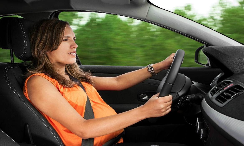Grávida dirigindo. Grávida pode dirigir?