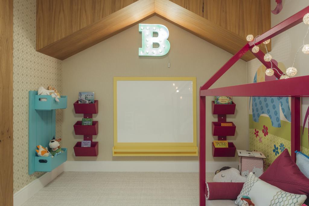 Inspirese com projetos de quarto montessoriano  Quarto para bebê
