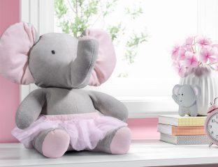 elefantes na decoração do quarto do bebê