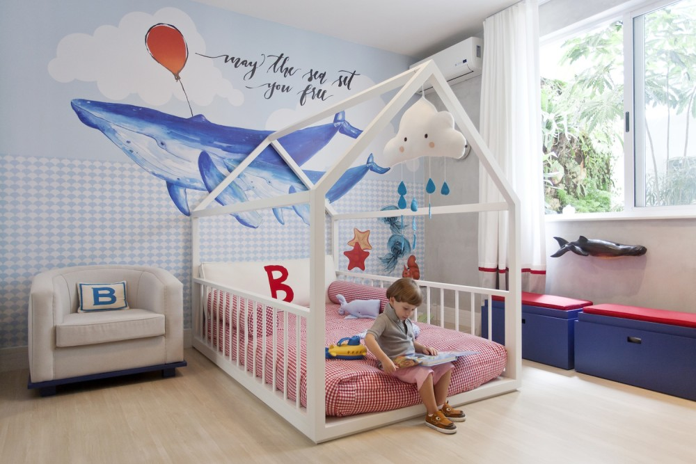 Decora o de quarto montessoriano ideias para te inspirar for Camas en forma de casa