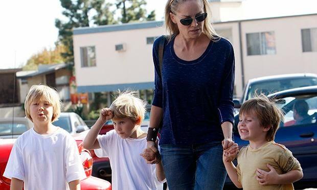 Famosos que adotaram: Sharon Stone
