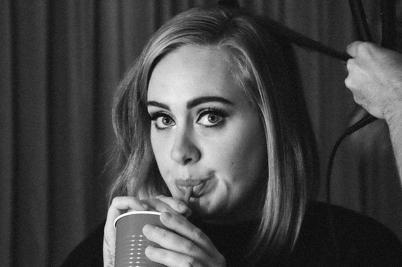 famosos que se dedicaram aos filhos - Adele