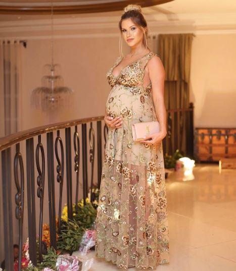 Look de festa das grávidas famosas: Andressa Suita
