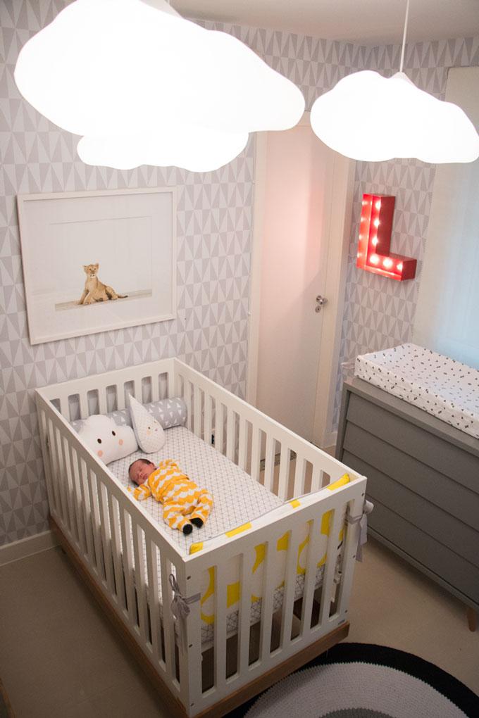 iluminação no quarto do bebê