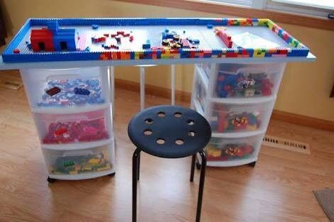 organizar os brinquedos mesa de lego