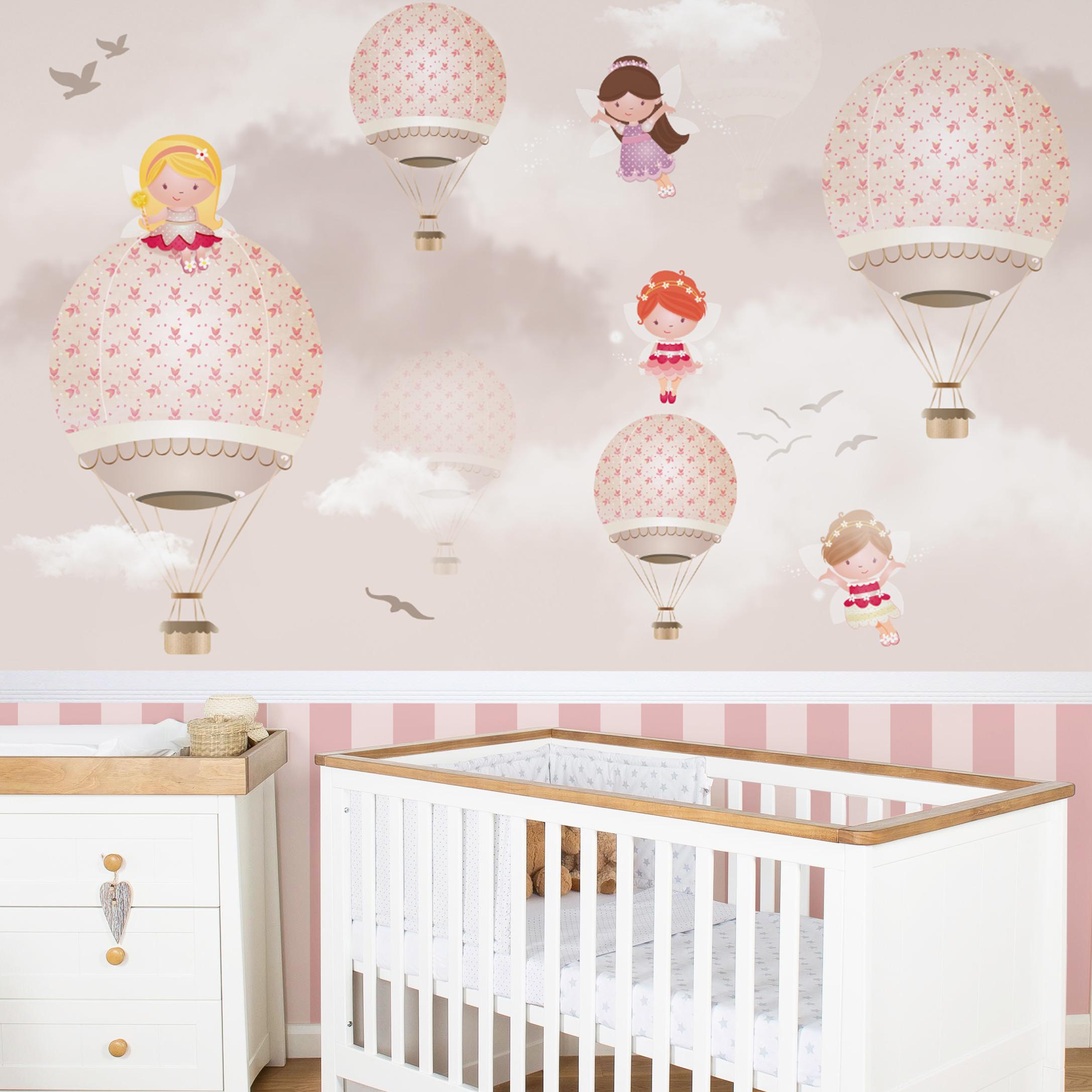 Atmosfera l dica com o quarto de beb com bal es for Papel para paredes salon