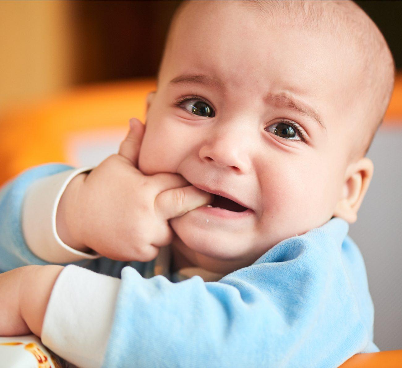 primeiros dentes do bebê