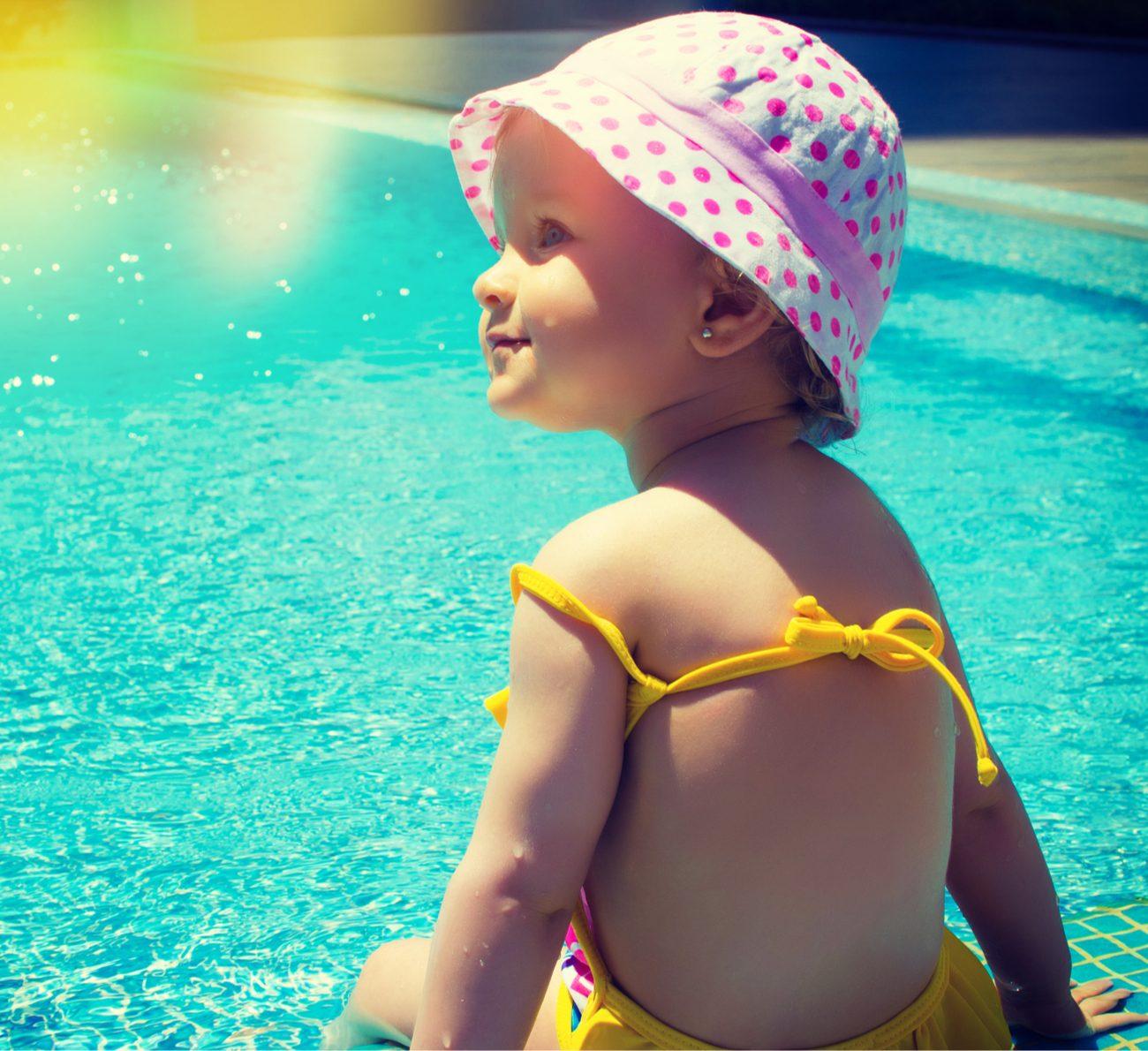 bebê no verão