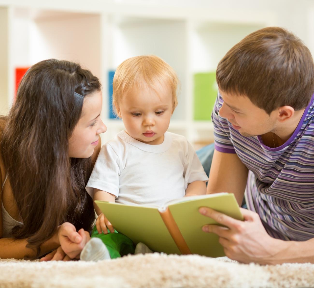 como estimular o bebê a falar
