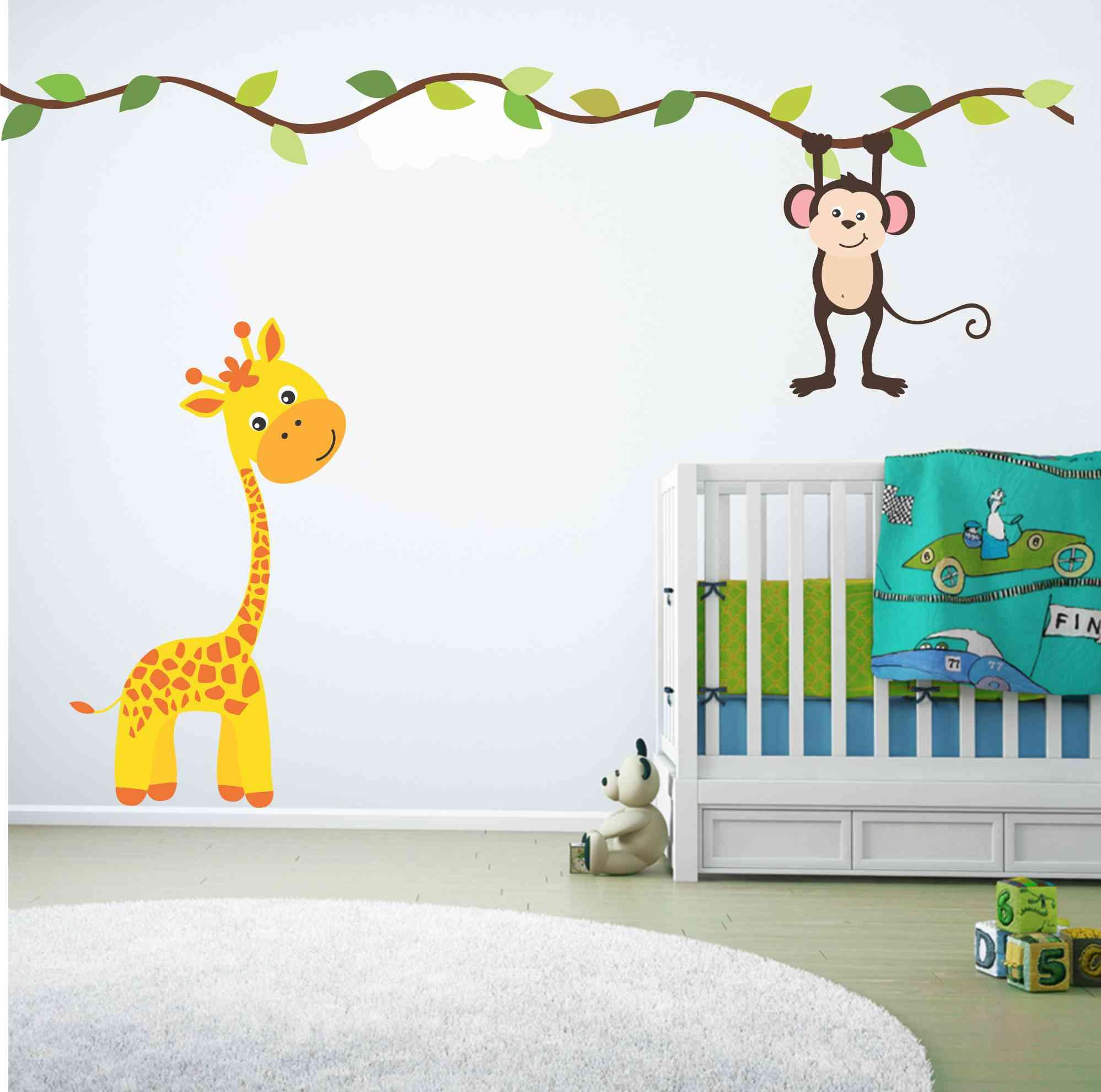 quarto de bebê com girafas