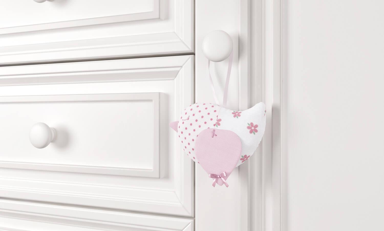 enfeite-para-puxador-passarinho-patchwork-rosa-201421