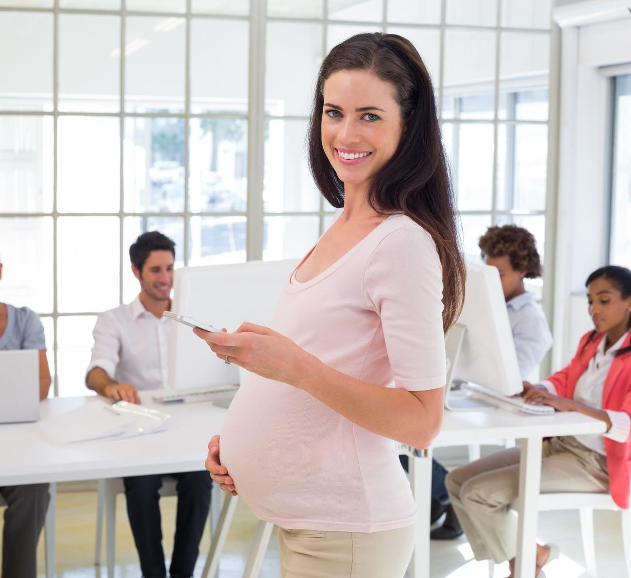 Como contar da gravidez no trabalho?