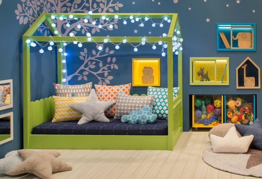 cama montessoriana colorida