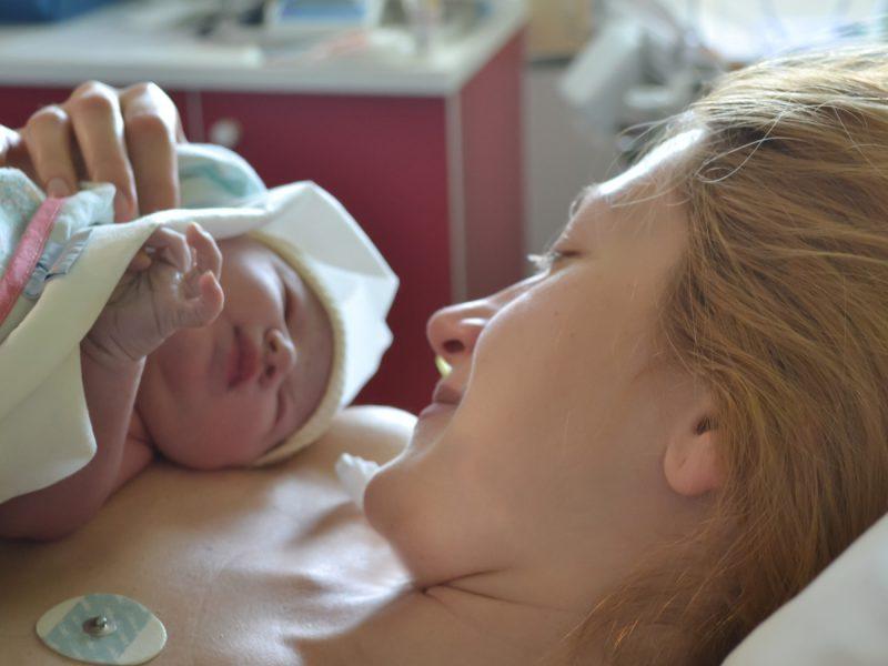 efeitos colaterais da anestesia pós-parto
