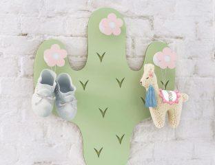 quarto de bebê com cactos